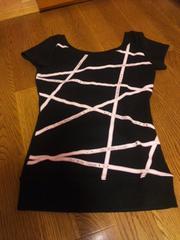 黒の可愛いTシャツ