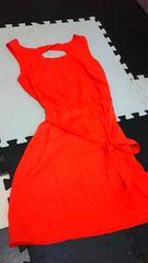 GAP真っ赤ドレス