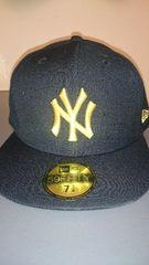 新品同様new eraキャップ NY  BK×gold  7 3/4 61.5cm ニューヨーク