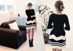 新品 ランダムボーダーニットワンピース 11AM 韓国ファッション