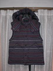バーバリーブラックレーベル ホースマーク刺繍中綿ニットベストジャケット