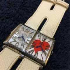 ヴィヴィアンスカルハート ダブルフェイス ホワイト腕時計