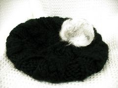 【レトロガール】【未使用品】黒のニットベレー帽です