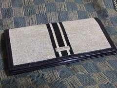 ブラックレーベル 本革製二折長財布・中古