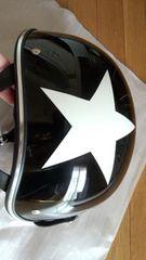 スター柄★オシャレな形ブラックハーフヘルメット/ダムトラックス サイズ57-59  125cc以下
