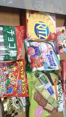 お菓子&ジュースなど詰め合わせ�@
