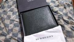 バーバリー 本革製二折財布 グリーン・新品