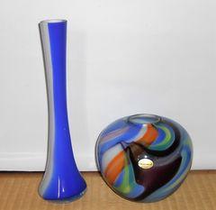 イタリア製美しいガラス製花瓶?&青と白のガラス一輪挿し