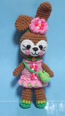 可愛いうさぎちゃん編みぐるみ