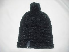 wb435 女 RIP CURL リップカール ボンボン付き ニット帽 黒