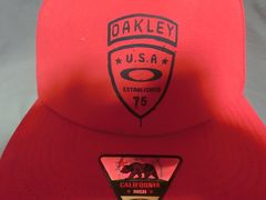 USA購入【Oakley Foundation Cap】ロゴプリントCAP赤