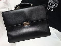VERSACE ヴェルサーチ ロゴ金具ビジネスバッグ黒 ブリーフ 書類鞄 ダイヤル付