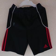 adidas☆アディダス☆ハーフパンツ120黒