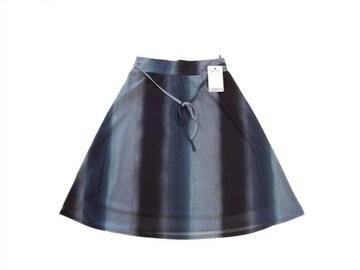 新品 CAROUGE 黒 緑 グラデーション 膝丈 フレア スカート M-L