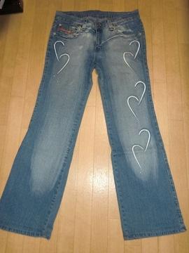 ●ヨーロッパ購入インポートデニム刺繍&スタッツ使いジーンズ