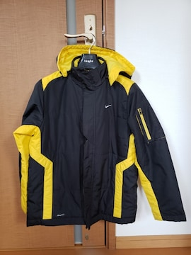 NIKE ナイキ アウター 中綿ジャケット 防寒 140-150cm