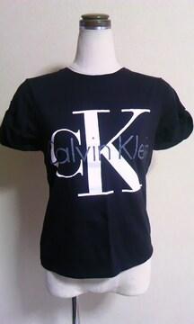 Calvin KleinSビックロゴTシャツ