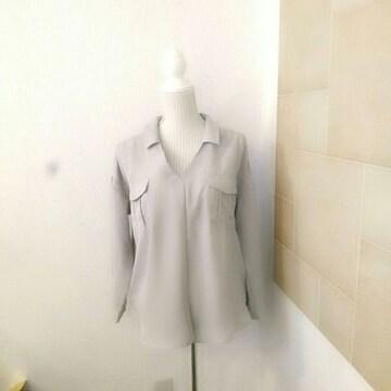 新品タグ付き ゆったりシャツ M〜L