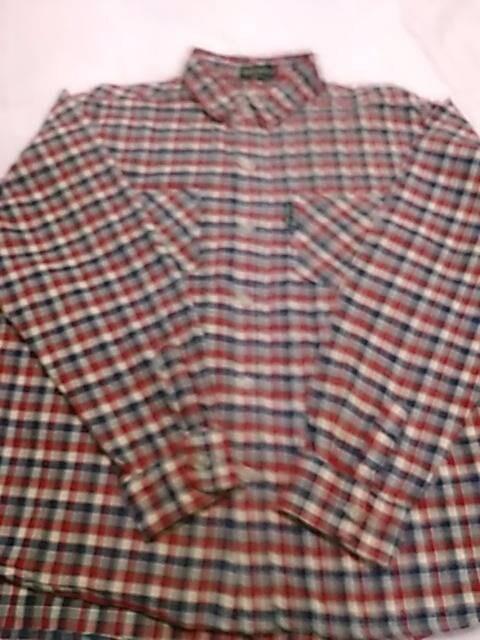 美品 140サイズ チェックシャツ  < キッズ/ベビーの