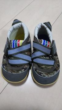 子供靴。14センチ。イフミー。迷彩柄。