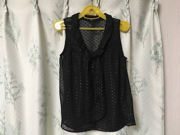 H&M黒色ブラックラメノースリーブシャツカットソーボウタイ