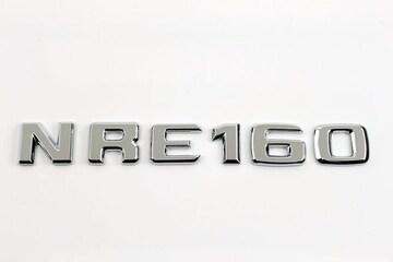 ベンツ風 カローラアクシオ型式エンブレム NRE160 NZE161