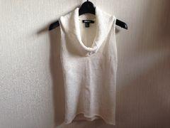 美品DKNYダナキャラン白色ホワイトニットノースリーブ