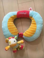 おもちゃ付きベビー枕