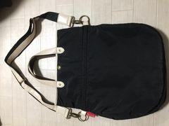 A.v.vアーベーベ黒2wayバッグ軽量ナイロン斜めがけOK美品
