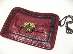 ANNASUIアナスイ蝶シンボルチャームのダメージアンティーク風仕上げのお洒落なパスケース