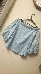 しまむら☆ボリューム袖刺繍オフショルプルオーバー