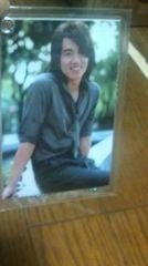ジェリー・イェン写真入り素敵なカードホルダー。ジャラジャラストラップ2点  �@