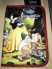 ディズニー 白雪姫 マルチケース しまむら 母子手帳 ポーチ