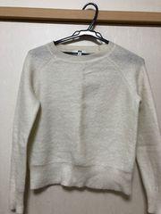 今季ユニクロのセーター。