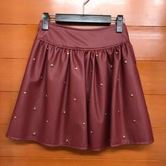 【新品】フェイクレザー スタッズ 付き スカート ZARA gu系
