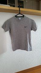 NIKE ナイキ 半袖 Tシャツ グレー 130