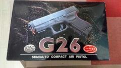 ガスガンG26 連弾マガジン付き 出品します。(最終値引き)
