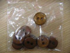 moussy ボタン 8個
