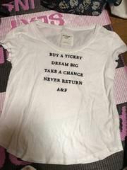 正規店購入!アバクロ Tシャツ