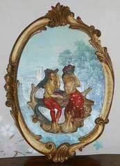 ITALY製若い男女のアンティーク風壁掛けオブジェ