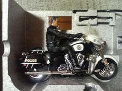アオシマ/タイヨー 1/10  ターミネーター3 T850&ポリスバイク R/C  2003 シュワルツェネッガー