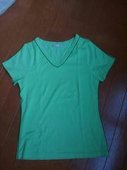 ☆新品同様☆ELLE PLANETE☆グリーン黄緑 Vネック半袖Tシャツ