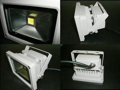 DC12V/24V 20W SMD LED 投光器/防水照明ライト/作業灯で大活躍!