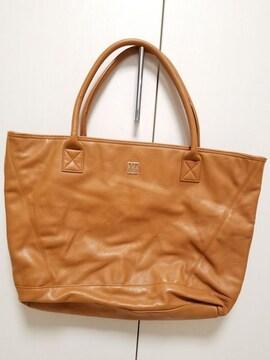 新品未使用◆MURUA◆ムルーアロゴプレートレザーキャメルバッグ