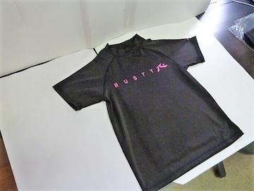 �A(130 黒)ラスティー★キッズ半袖ラッシュガード 967460ハイネックUV