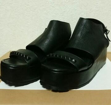 kmrii black metal sandal