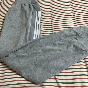 新品 LL 大きいサイズ グレーにライン入パンツ