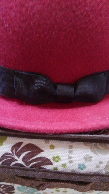 �A 帽子 < 女性ファッションの