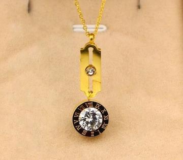 14Kゴールド鍍金  CZダイヤローマ字ネックレス