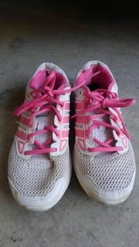 adidas ADIPRENE + 23cm  ジョギング  ピンク色 少し経たり